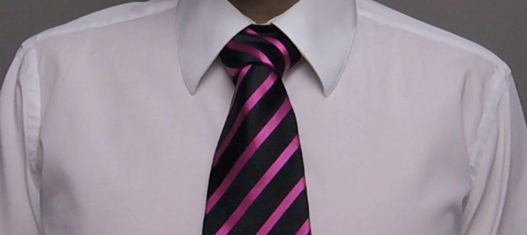 doppelter Windsor Krawattenknoten